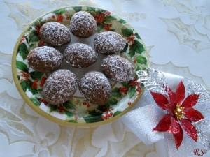 Ořechy s kakaovou náplní