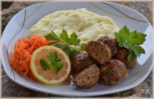 Kuličky z mletého masa a mrkve