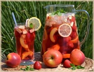 Ledový ovocný čaj