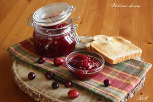 Marmeláda z čerstvých brusinek