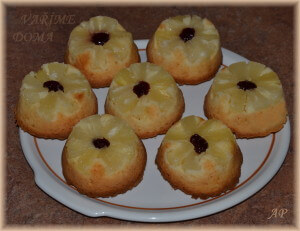 Ananasové bábovičky