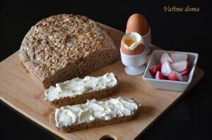 domácí žitný chléb z kvásku