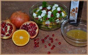 Salát s pomerančem a granátovým jablkem